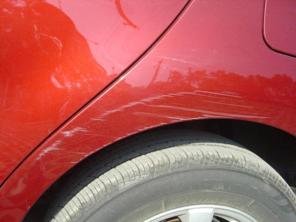 汽车漆面轻微划痕修复
